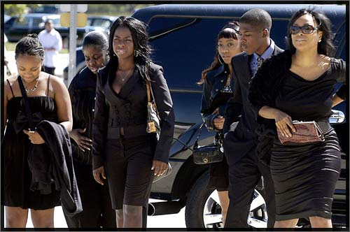 Bernie Mac Funeral Pictures D. l. spoke about bernie mac